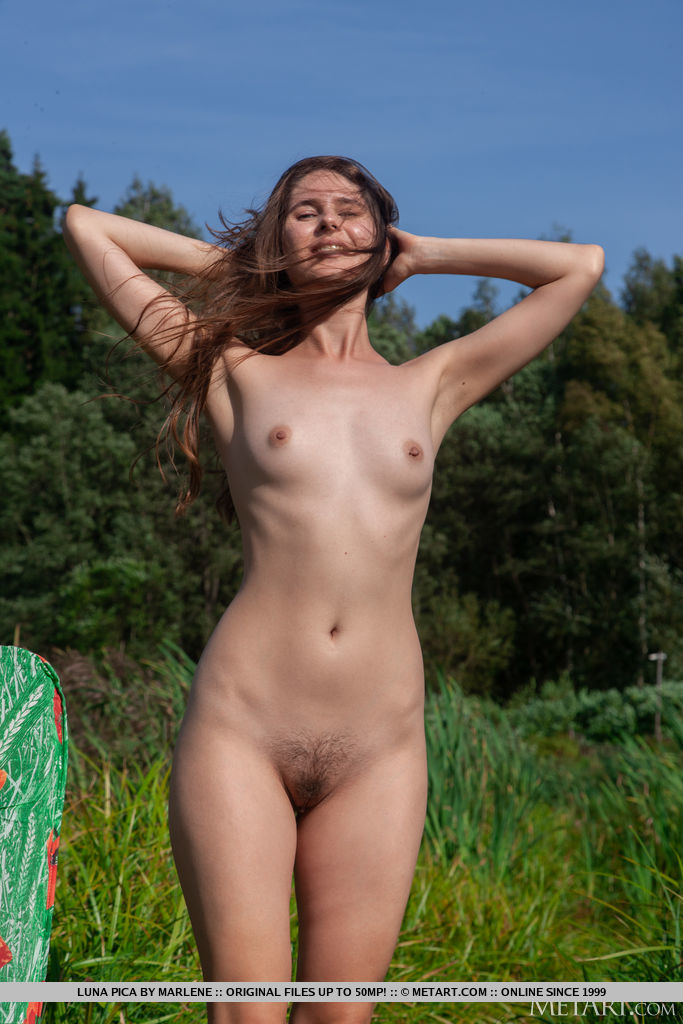 Best raunchy model Luna Pica in undressed sessions