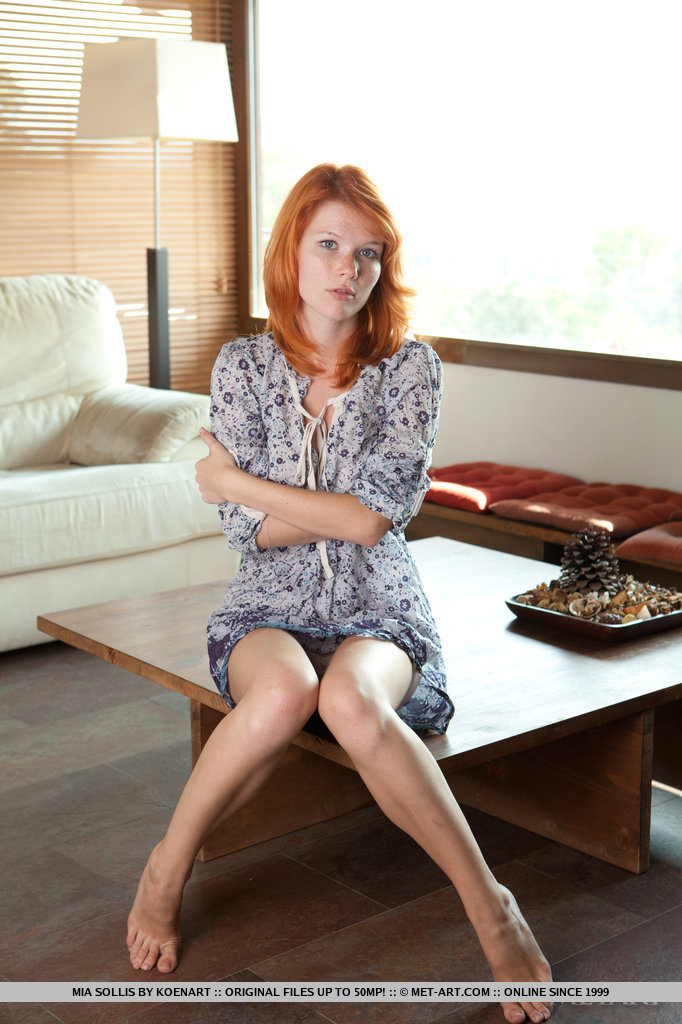 Mia Sollis in alluring photo HD for chargeless