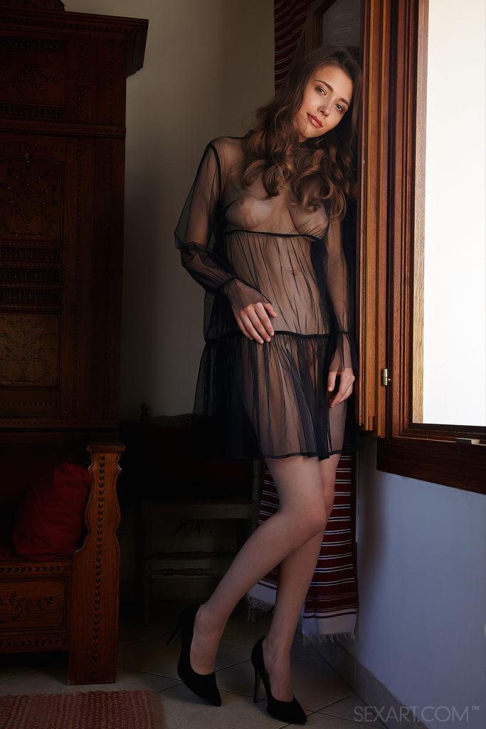 This woman has amorous big tits photo