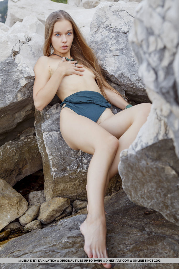 Best kissable model Milena D in in one-s skin sessions