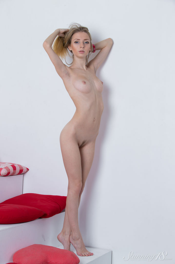Olivia in unclothed portrait