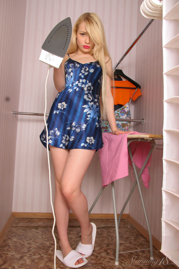 Olya N in amatory photo sessions for chargeless