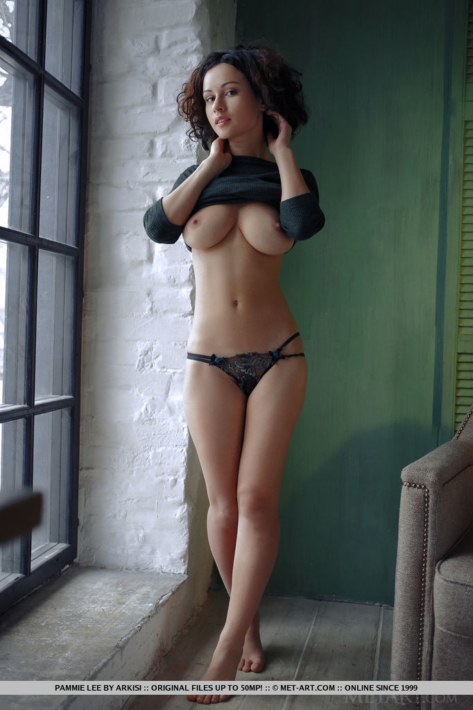 Best prurient model Pammie Lee in buck naked sessions