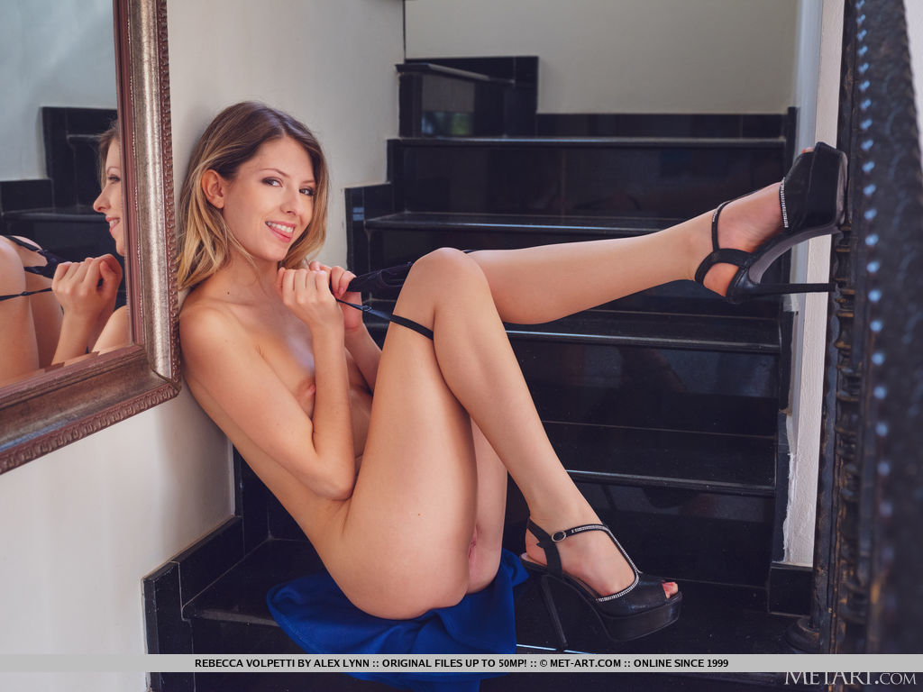 Best seductive model Rebecca Volpetti for adult only sessions