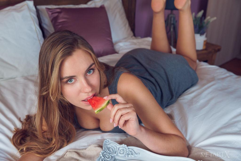 skin photo gallery of  Ryana