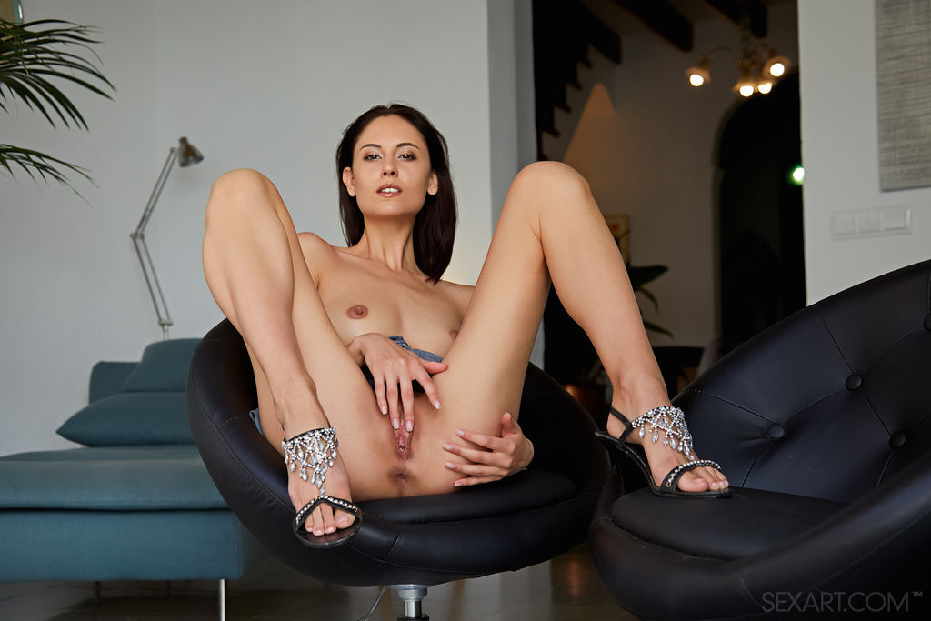 Best enticing model Sade Mare in without a stitch sessions