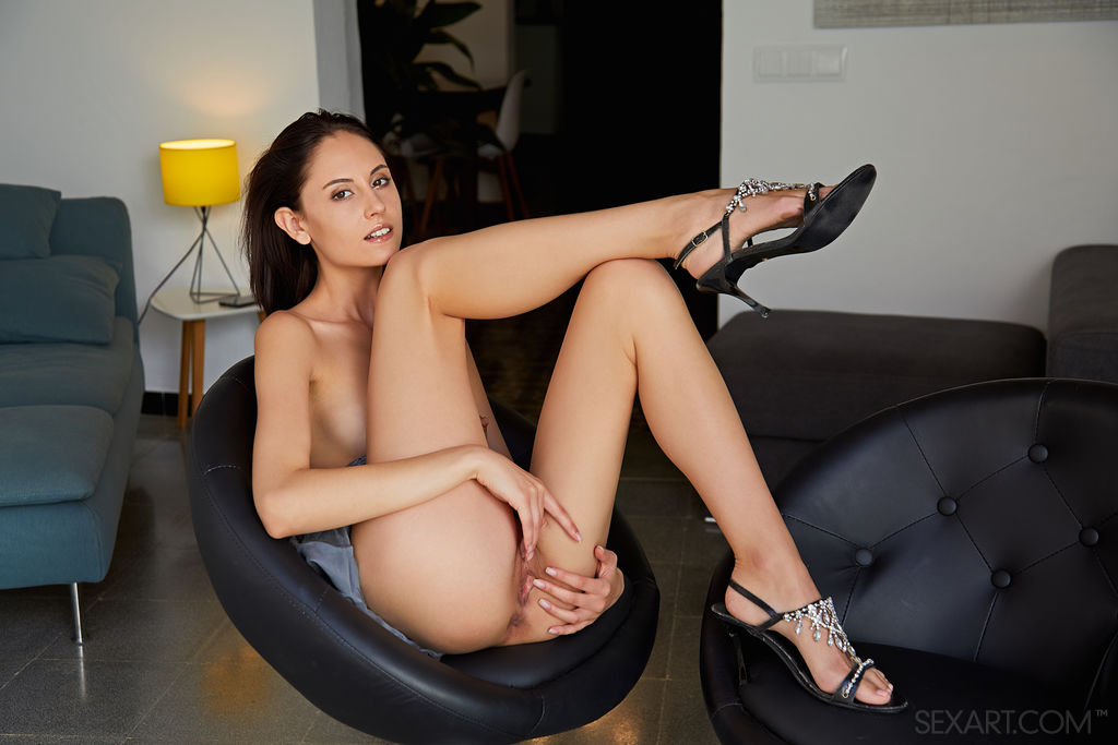 Best lecherous model Sade Mare for adult only sessions
