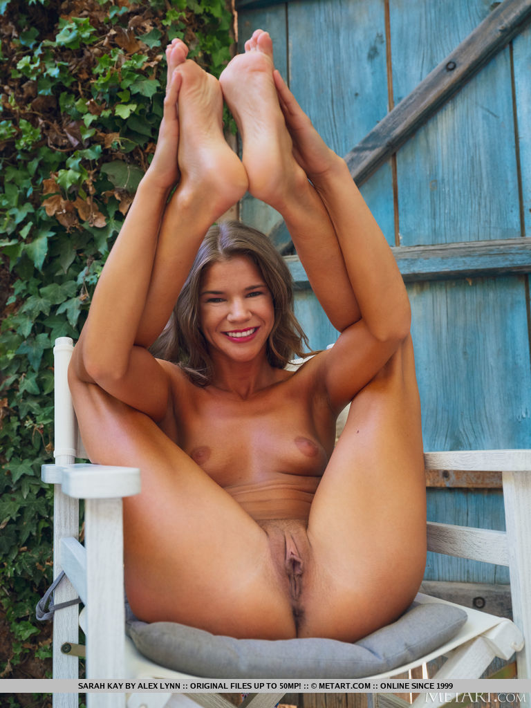 Sarah Kay in carnal photo sessions for free