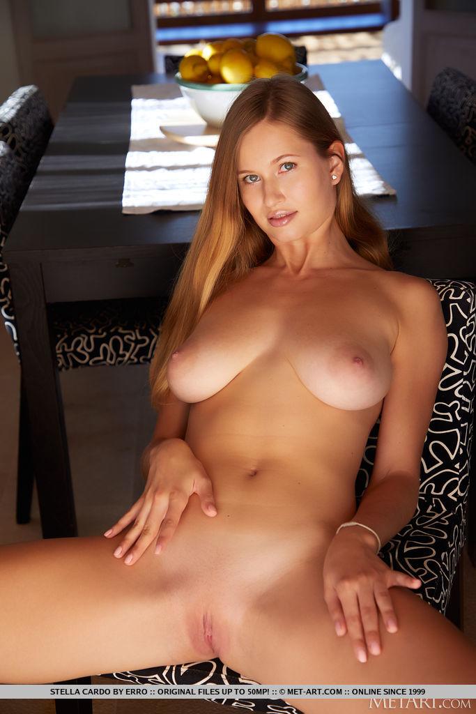 This girl has fabulous big titties and Blonde hair