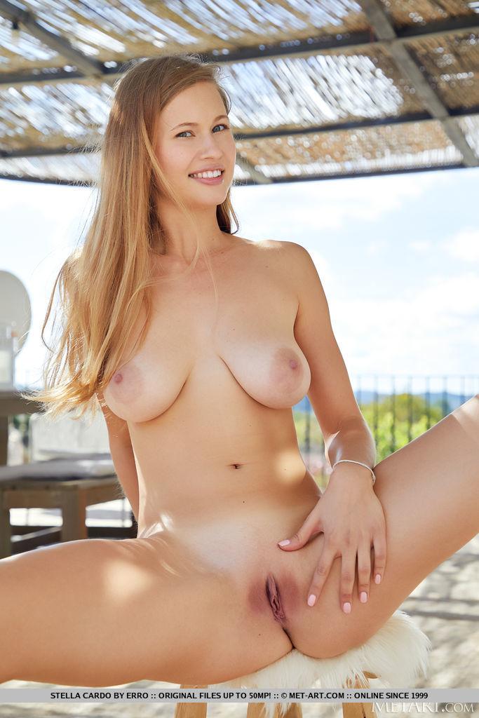 Stella Cardo in bawdy photo HD for freebie
