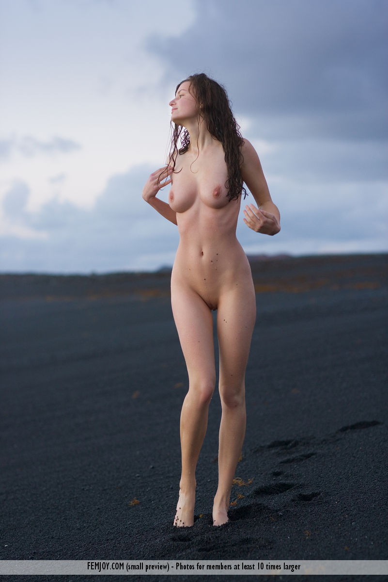 Best quality nude picture for free