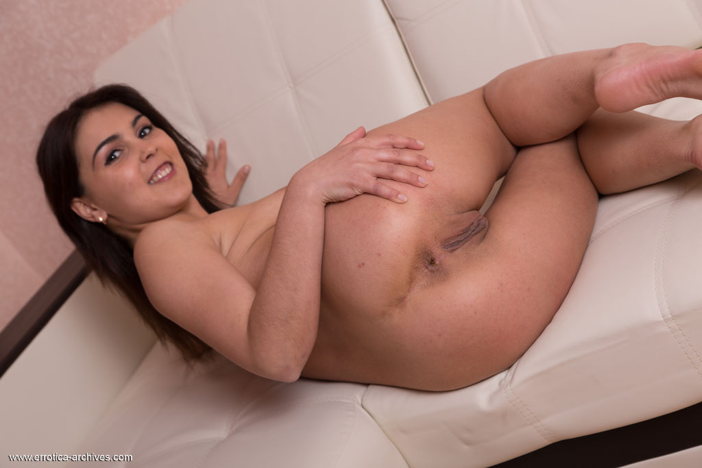 This young lady has seductive big breasts and Brown eye