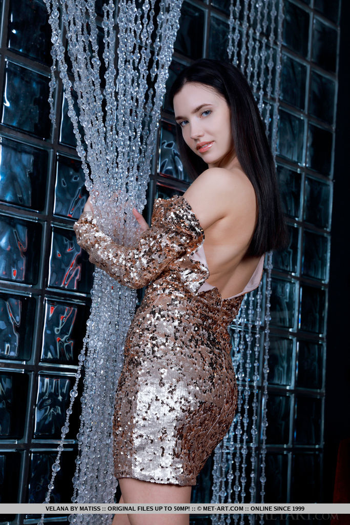 Best magnificent model Velana in stark sessions