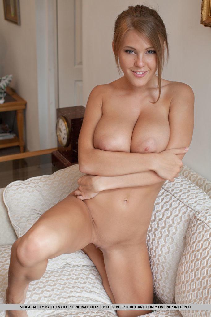 Best wonderful model Viola Bailey in stark-naked sessions