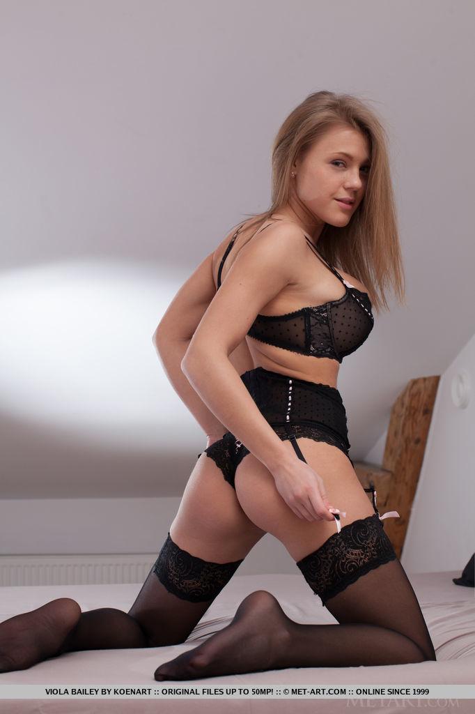 Viola Bailey mature big boobs snapshot