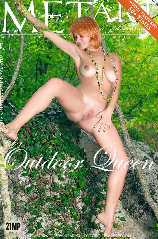 Featured Outdoor Queen MetArt is stunning Violla A