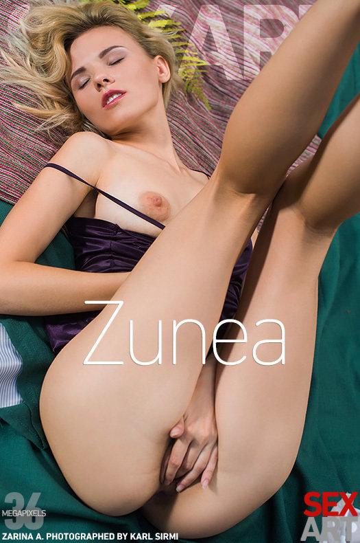 Magazine coverZarina A uplifting medium naturaltitties