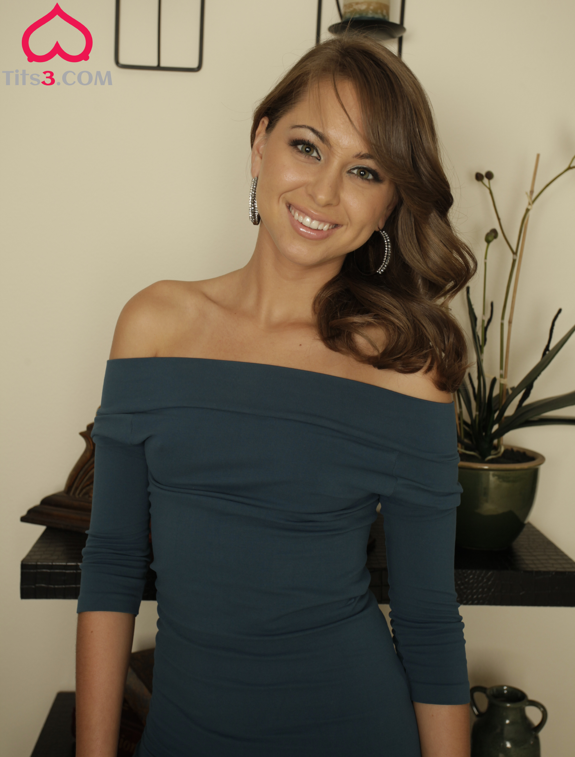 beautiful smile with brown hair