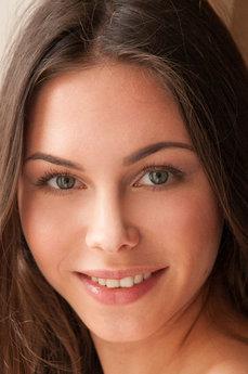 Art model Alina Valera