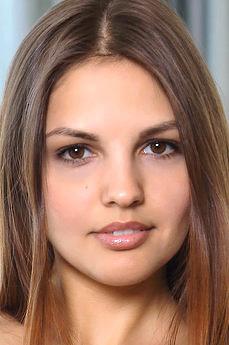 Art model Alise Moreno