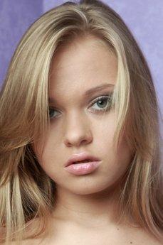 Art model Anika A