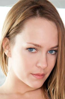 Art model Blue Angel