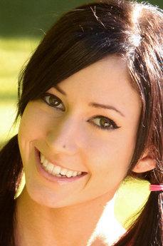 Art model Catie Minx