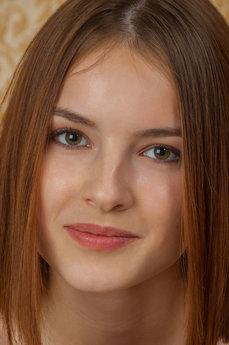 Art model Cherish