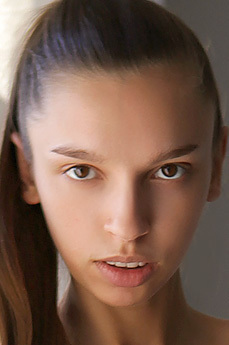 Art model Elin