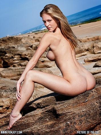 Art model Jaclyn