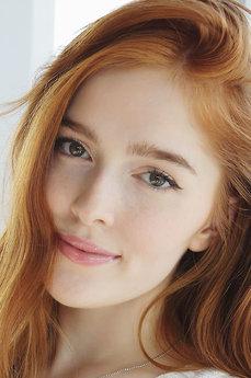 Art model Jia Lissa