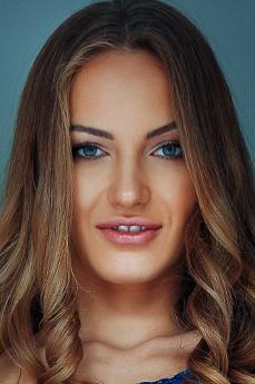 Art model Jolie A