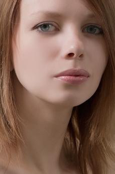 Art model Kylie Miny