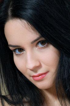 Art model Lola Marron