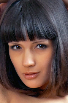 Art model Luiza A