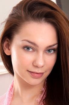 Art model Marion