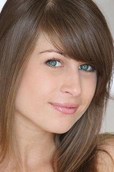 Art model Mia D