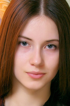 Art model Mika B