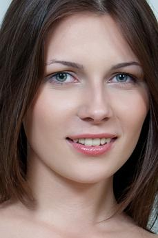 Art model Quinn
