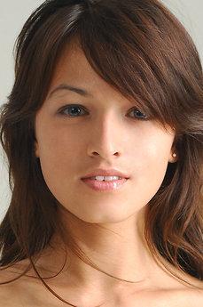 Art model Sofi A