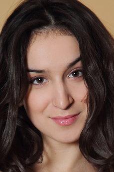 Art model Tina Tin