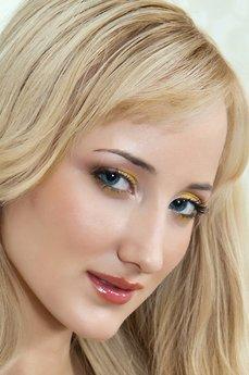 Art model Zemira A