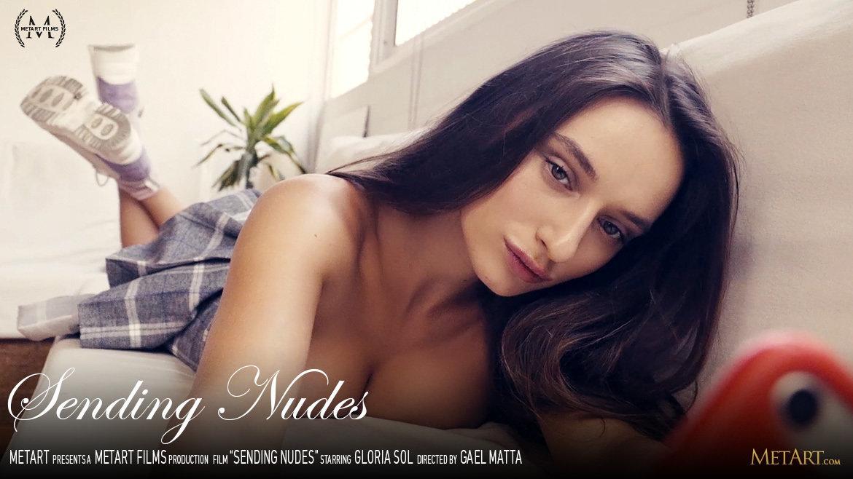 1080p Video Porn Sending Nudes - Gloria Sol MetArt inspiring bald medium titties