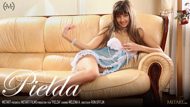 Full HD Video Pielda - Melena A MetArt garmentless voluptuous small breasts