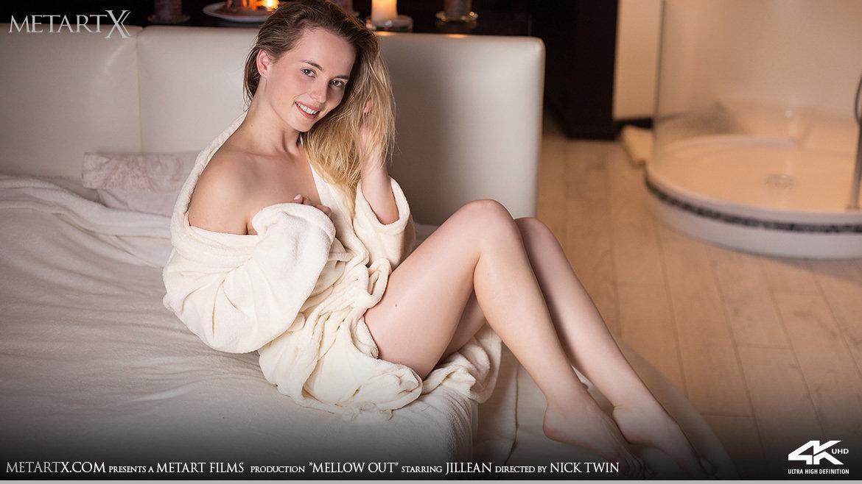 Full HD Video Porn Mellow Out - Jillean MetArtX bare medium titties