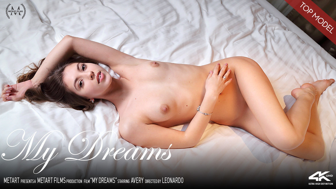 Full HD Video Porn My Dreams - Avery MetArt skin without a stitch small tits