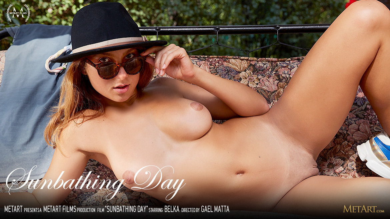UHD Video Porn Sunbathing Day - Belka MetArt surprising mature large titties
