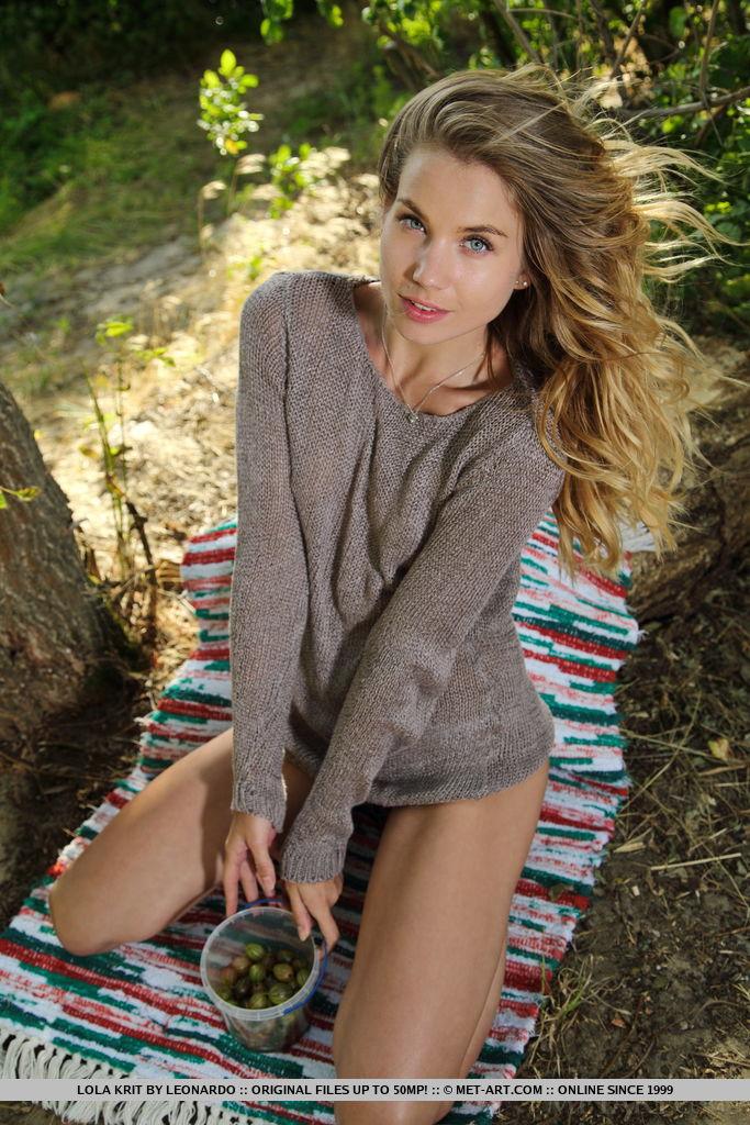 Lola Krit at the picnic